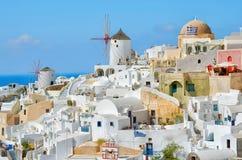 Città di OIA, Santorini, Grecia fotografia stock