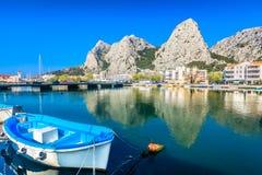 Città di Omis in Croazia, Europa Fotografia Stock