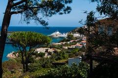 Città di Oporto Cervo Oporto Cervo è capitale di Costa Smeralda Sardinia Italy immagini stock libere da diritti