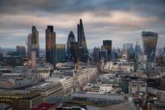 Città di panorama di Londra, al tramonto Immagini Stock