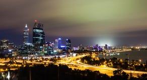 Città di Perth alla notte Fotografia Stock Libera da Diritti