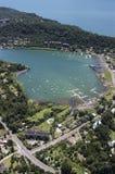 Città di Pucon, la riva del lago di Villarrica Fotografie Stock Libere da Diritti