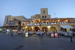 Città di Rhodes Old che compera di notte La Grecia Fotografia Stock