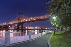 Città di Roosevelt Island River Walk New York Immagini Stock