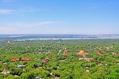 Città di Sagaing e fiume di Irrawaddy, Sagaing, Myanmar fotografia stock libera da diritti