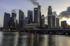 Città di Singapore al tramonto Fotografie Stock