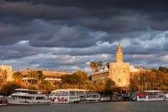 Città di Siviglia al tramonto fotografia stock