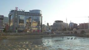 Città di Skopje a sunseth video d archivio
