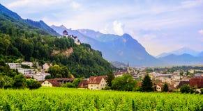 Città di Vaduz, la capitale del Liechtenstein, Europa Immagini Stock