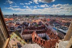 Città di Vienna dalla cattedrale del ` s di St Stephen Fotografie Stock