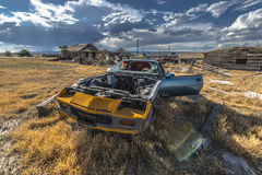 Città fantasma abbandonata dell'automobile Immagini Stock Libere da Diritti