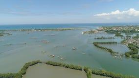 Città fra l'acqua in mangrovie Immagini Stock