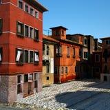 Città italiana tipica, illustrazione 3d Immagine Stock