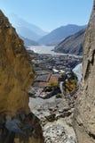 Città Kagbeni della montagna del Nepal in una valle della montagna Fotografie Stock