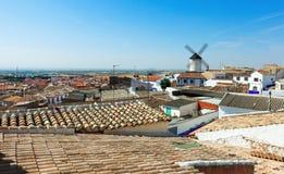 Città in La Mancha. Campo de Criptana Immagini Stock