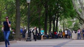 Città leggera 4k Pensilvania S.U.A. di Philadelphia del quadrato del rittenhouse di giorno