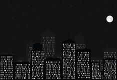 Città, luna piena e stelle di notte. Fotografia Stock