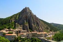 Città medievale affascinante di Sisteron nella provincia Alpes-de-Haute-p Immagine Stock Libera da Diritti