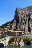 Città medievale affascinante di Sisteron nella provincia Alpes-de-Haute-p Immagine Stock