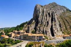 Città medievale affascinante di Sisteron nella provincia Alpes-de-Haute-p Fotografia Stock