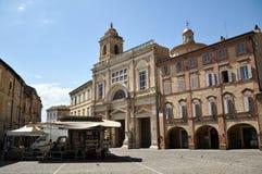Città medievale di Offida in Italia centrale immagini stock