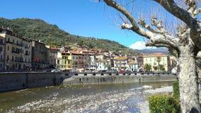 Città medievale Dolceacqua, Liguria, Italia video d archivio