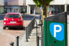 Città, parcheggio pagato per le automobili Fotografia Stock Libera da Diritti