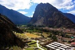 Città peruviana di Ollantaytambo Immagini Stock Libere da Diritti