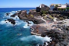 Città rocciosa della spiaggia di Garachico Fotografie Stock