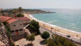 Città sulla costa Mediterranea Tarragona, Spagna video d archivio