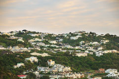Città sulla montagna prima di alba al posto di paradiso in Nuova Zelanda del sud Fotografie Stock Libere da Diritti