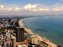 Città sulla spiaggia fotografie stock