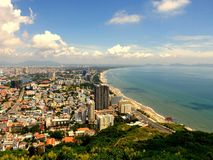 Città sulla spiaggia fotografie stock libere da diritti
