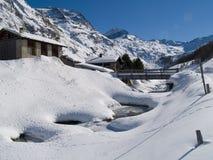Città svizzera delle alpi dello Snowy Immagine Stock Libera da Diritti