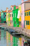 Città variopinta di Burano in Italia Immagini Stock