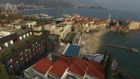Città Vecchia di Budua, sparante con il fuco dell'aria montenegro stock footage