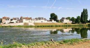 Cittadina Amboise della riva del fiume su Loire, Francia Fotografia Stock