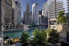 City by the Chicago River Royalty Free Stock Photography
