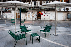 City Courtyard Scene - Conversation Table for Coffee Royalty Free Stock Photos