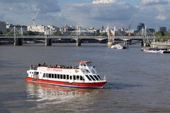City Cruises. LONDON - MAY 31: City Cruises has revealed plans to build London´s  largest sightseeing boat ahead of the 2012 London Olympics. A City Cruises Stock Photo