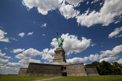 city liberty newyork statue sunset Royaltyfria Bilder