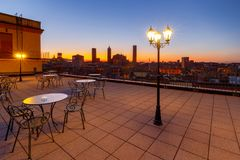 _ city over sunset στοκ εικόνες με δικαίωμα ελεύθερης χρήσης