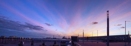 city over sunset στοκ φωτογραφίες με δικαίωμα ελεύθερης χρήσης
