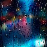 City Road bij Nacht, mening door nat glas Stock Afbeelding