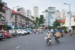 City Road et gratte-ciel en Asie Image libre de droits