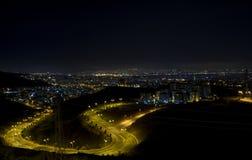 Citylights -从伊兹密尔的一个看法 库存图片