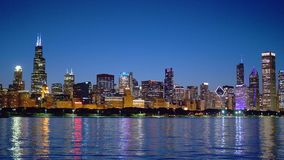 The citylights of Chicago skyline at night