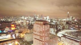 Citylights van Londen van boven groot luchtschot stock video