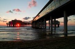 Cityline alla spiaggia Fotografia Stock