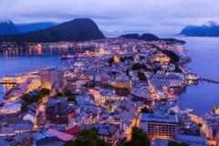Cityscape av Alesund - Norge royaltyfri fotografi